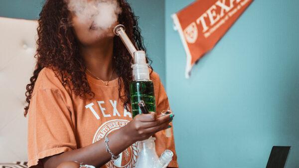 Los Millenials prefieren antes el cannabis que el alcohol